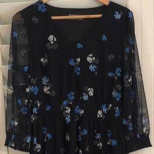 Jacqui E  Size Medium Navy & Floral Dress - Pretty